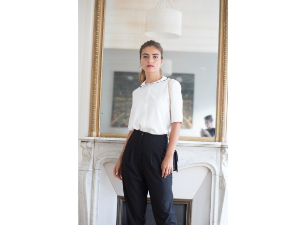 The black trousers Elisa