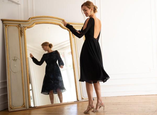 Emmanuelle black dress
