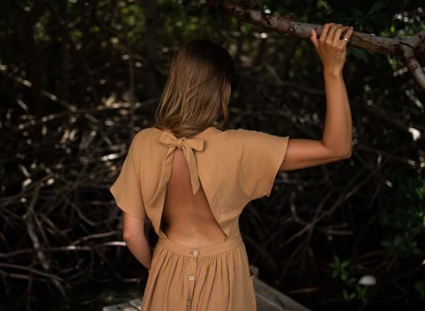 Suzanne camel dress