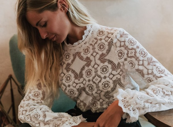 Blouse Cassis blanche