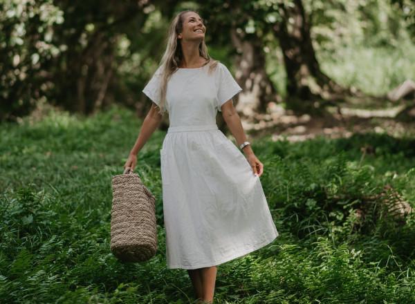 Robe Suzanne en lin blanche